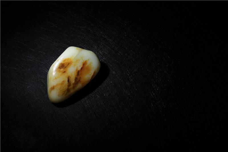 不是白细油!和田玉真正的玉质美是什么?